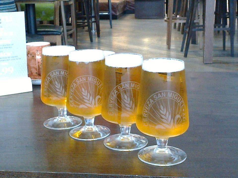 Mezipřistání jsme měli v Londýně. V jednom pubu točili i můj oblíbený mallorský ionťák :) . Neodolal jsem ...
