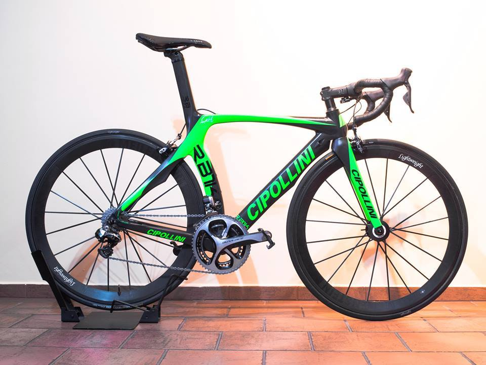 ... z S-WORKS Tarmac na RB1K. Hurá do sezony!