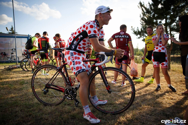 Nejen na Tour de France se závodí o puntíkatý dres :-)...