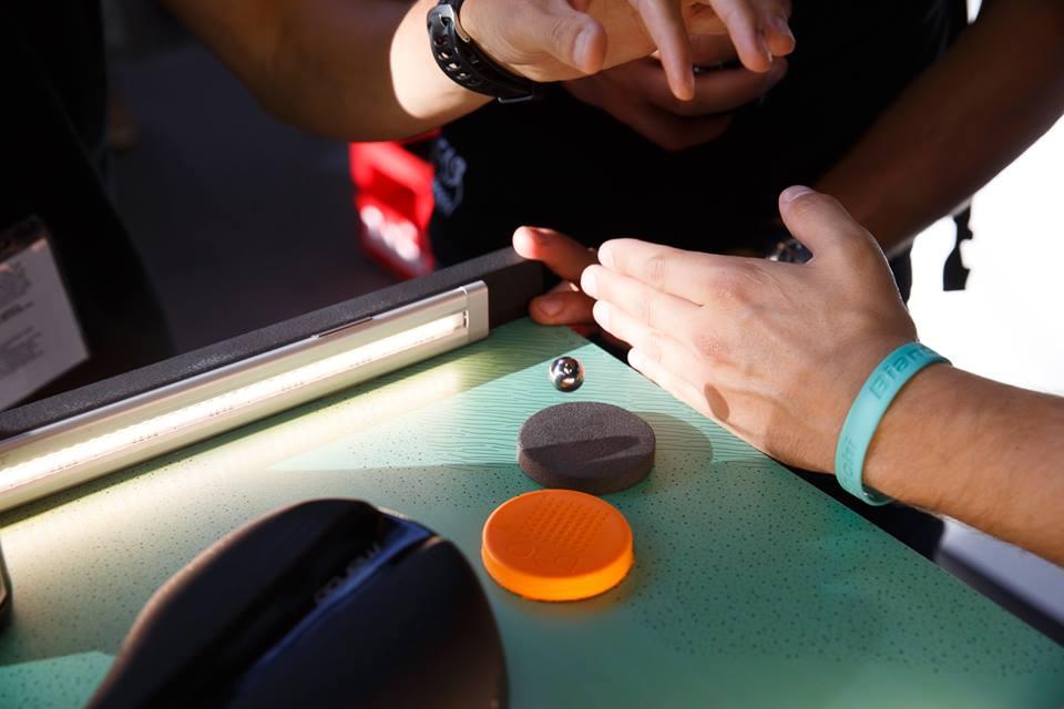 ... jak vidíte, na klasickém provedení kulička hopsá, na materálu G30 je stabilní ...