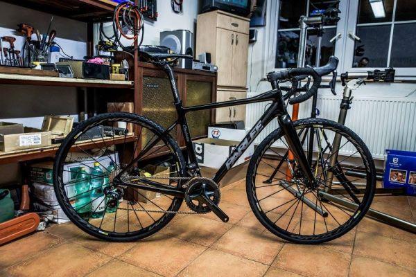 A pro příjemné pokoukání a doufáme, že ještě příjemnější svezení! :) — s uživateli Parlee Cycles.