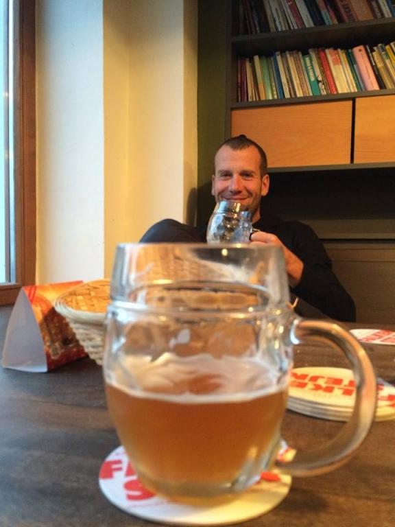 ... a jak sejdete kostelní schody jste hned v místním křinickém minipivovaru. Pivo z názvem Falkenštejn není úplně marný :) ..... více naleznete zde: http://www.krinickypivovar.cz/